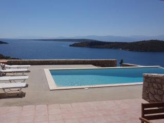 Villa Anemos - private pool, Nauplia