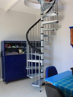 scala di accesso piano superiore