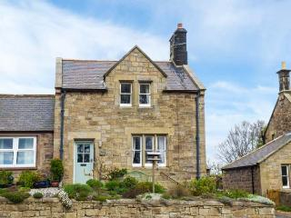 LIME TREE COTTAGE, family friendly, character holiday cottage, with a garden in, Chatton