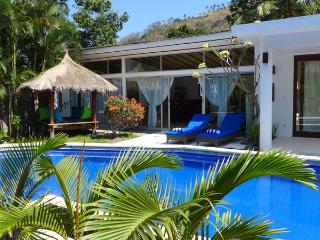 Cozy 2 BR Villa in Tropical Garden/Shared Pool/Valley View