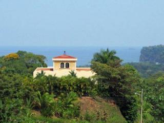 Elegant Oceanview Ojochal Rental, Artists Writers