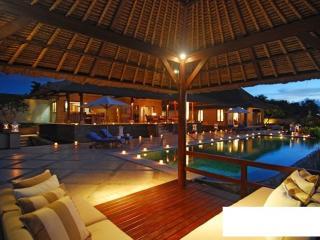 Uluwatu Ocean View 4 Bedrooms - Villa Puri Balang, Jimbaran