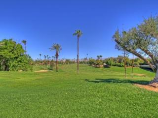 TORT25 - Rancho Las Palmas Country Club - 2 BDRM + DEN, 2 BA, Rancho Mirage
