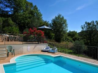 SPECIAL OFFER!  Pool, A/C,WiFi, BBQ amazing view close to beaches and 5 Terre