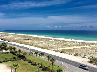Nicely-decorated 7th flr Emerald Dolphin 2-br w/beautiful Gulf views!, Pensacola Beach