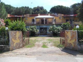 Hotel Paradiso, Tarquinia