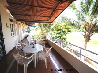 Quiet Luxury Apartment in Residential Area