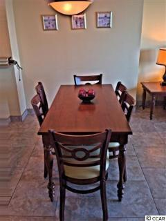 dining area sits 6