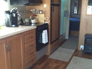 Cozy Motorhome - Blueberry Hill or RV Pad w/hkps, Flagstaff