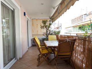 Cosy apartment near ACROPOLIS