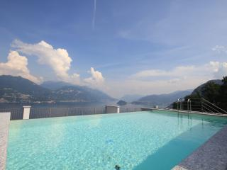 LOOKLAKE Suite2: luxury rental in Plesio Lake Como, Menaggio