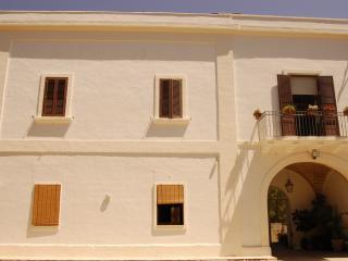 Masseria Convento, casa Scirocco,camera Tramontana