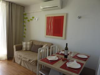 Costa Brava 'Estartit. Apartament con piscna comun, L'Estartit