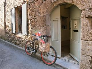 L'Ecritoire - Romantic French styled house, Caunes-Minervois