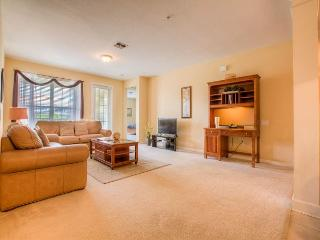 This 3-bed/2-bath condo is within walking distance from the Convention Center
