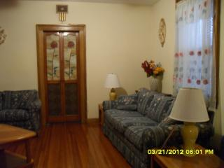 3 bdrm Furnished Apt 1st floor on Staten Island