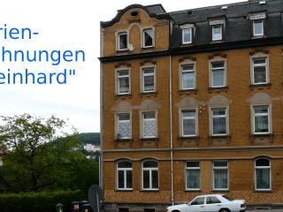 Hübsche Ferienwohnungen 'Reinhard' - 08280 Aue DE