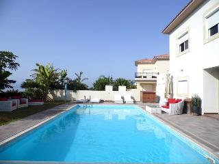 3b Five Star Delux Bayview Pool Villa, Limassol