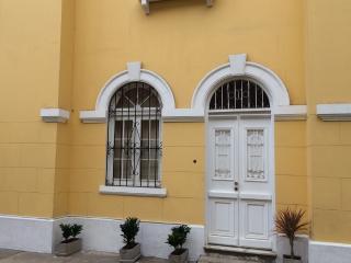 MIRAFLORES 2 BEDR APT EXCELENT LOCATION, Lima