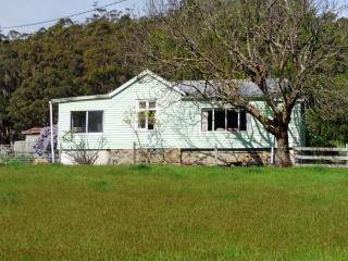 Hillcrest Farmhouse, Eaglehawk Neck