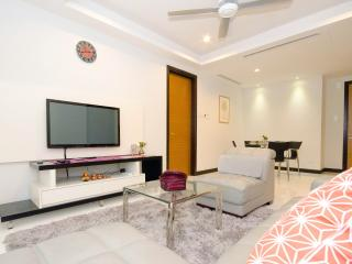 COMFY 3-BEDROOM CONDO IN B. BINTANG FOR 6 PAX