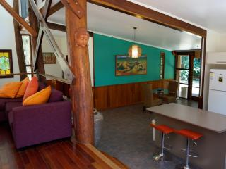 Stonewood Retreat - Daintree Accommodation