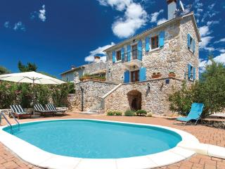 Beautiful 5* stone Villa Margaret on the Krk -