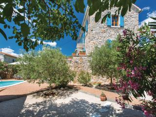 Beautiful 5* stone Villa Margaret on the Krk -, Garica