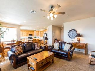 Desert Ridge at Las Palmas | 2111 | ONLY $114/NIGHT IN SEPTEMBER!