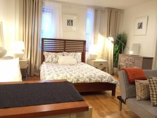 Cozy Studio, Steps to Union Square~Fully Furnished, Nueva York