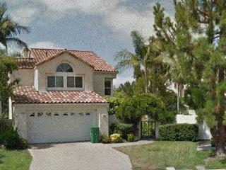 Charming 4 BR House W/ Pool, Jacuzzi, Irvine