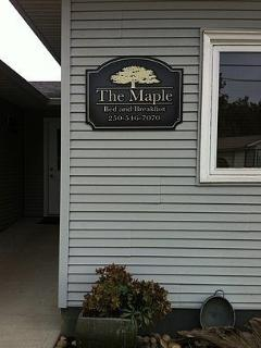 The Maple B&B, Armstrong