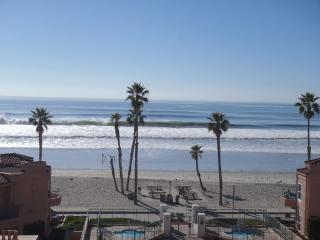 Panoramic View 70' TV WIFI 2 Car Garag  30 Day Min, Oceanside