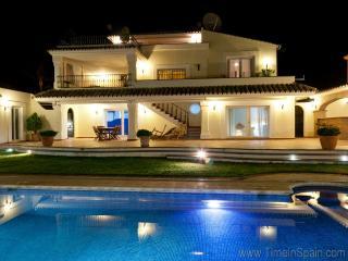 Villa LUXUS, Estepona