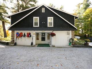 Cobblestones Cottages - 2 Bedrooms, Westport