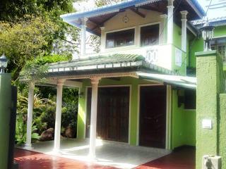 Magenta Hotel, Nawalapitiya