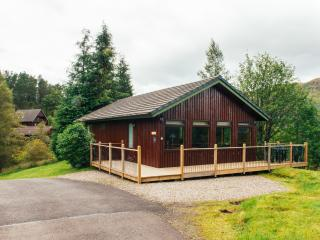 The Buzzard, 4 star+, 2 bedroom, 2 bath sleeps 4, Crianlarich