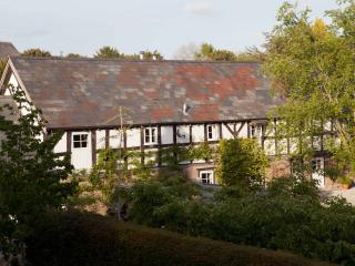Cider Barn @ The Manor Hot Tub, Sauna, Pool & Spa, Hereford