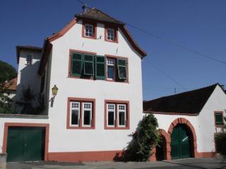 Hirschhorner Weindomizil, Neustadt