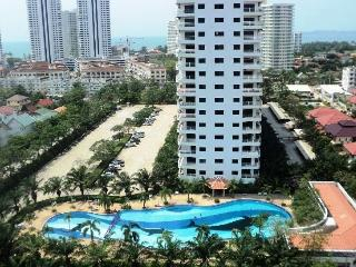 Jomtien studio condo rental close to the beach 201, Jomtien Beach