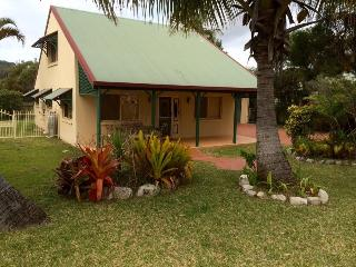 Sand Piper Cottage - Rainbow Beach