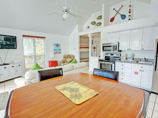 Nantucket Cottages #10A *10%OFF April1-May26* 100Yds 2Beach-Book Online!, Miramar Beach