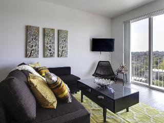 Modern dog-friendly condo w/shared rooftop terrace & great mountain, ocean views, Seattle