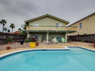 Oceanview, family-friendly home w/private pool & beach access!, South Padre Island