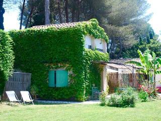 Gîte de France Indépendant, du Charme, Calme et Jardin