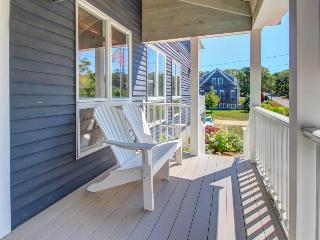 Post-and-beam home with modern conveniences near beach, Chatham
