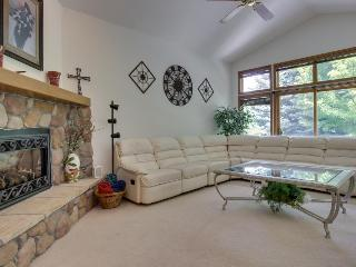 Spacious single-level home close to Dalton Ranch Golf Course, Durango