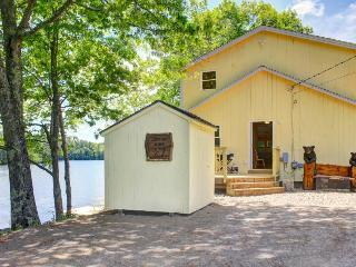 Newly restored, watefront cottage w/ private dock, fireplace and farm - dogs OK