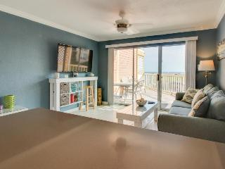 Modern condo across from the seawall with shared pools, hot tubs & a gym!