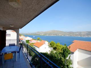 Apartments Kristina - 46911-A1, Okrug Donji